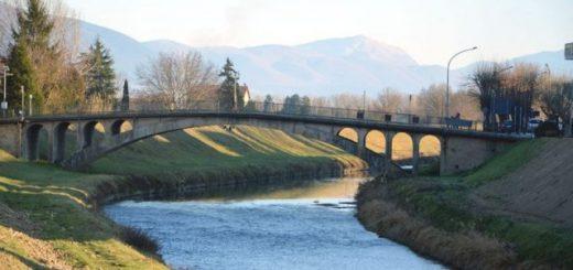 ponte di Cannara sul fiume Topino
